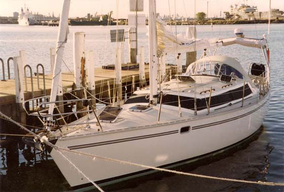 "For Sale - Bluewater 400 ""Cyrene II"""
